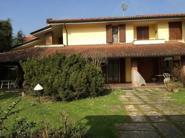Vente  535m² Cavriago