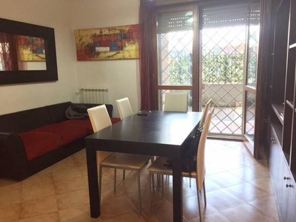 Vente Appartement 3 pièces 77m² Roma