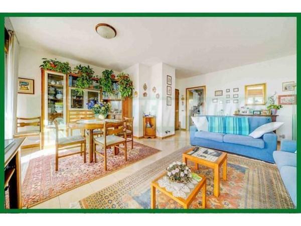 Vente Appartement 4 pièces 121m² Gavirate