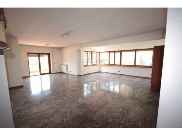 Vente Appartement 5 pièces 254m² Roma