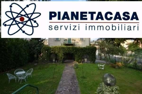 Vente Maison 6 pièces 220m² Bergamo