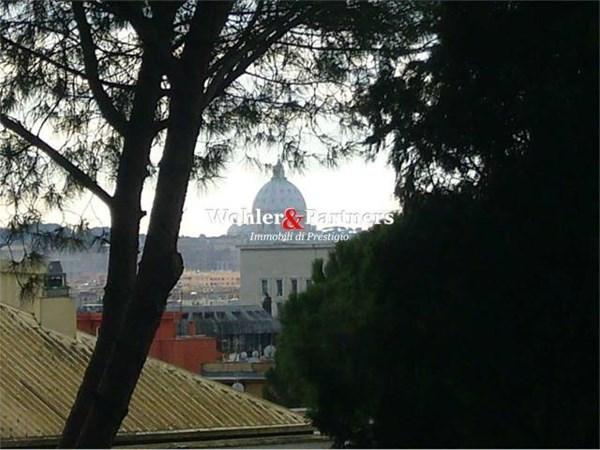 Vente Appartement 6 pièces 235m² Roma