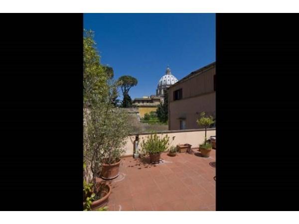 Vente Appartement 4 pièces 135m² Roma