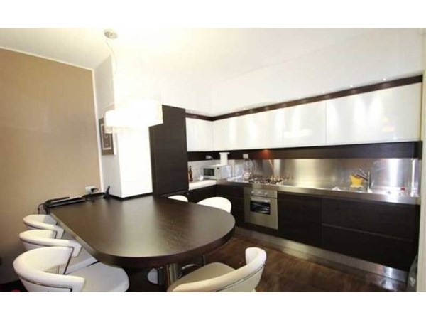 Vente Appartement 4 pièces 130m² Como