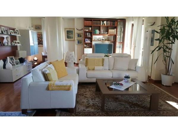 Vente Appartement 4 pièces 208m² Arcore