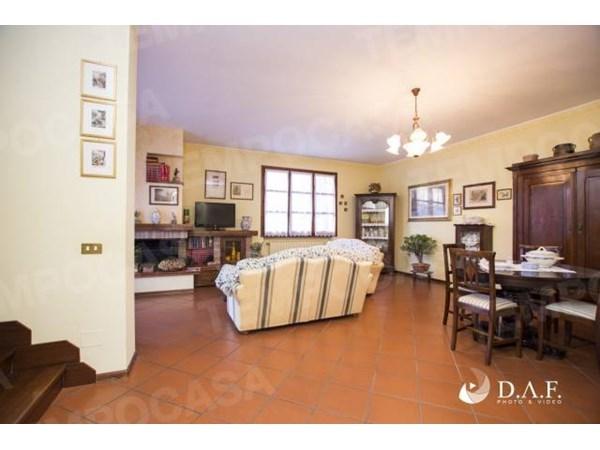 Vente Maison 4 pièces 205m² Fiorano Modenese