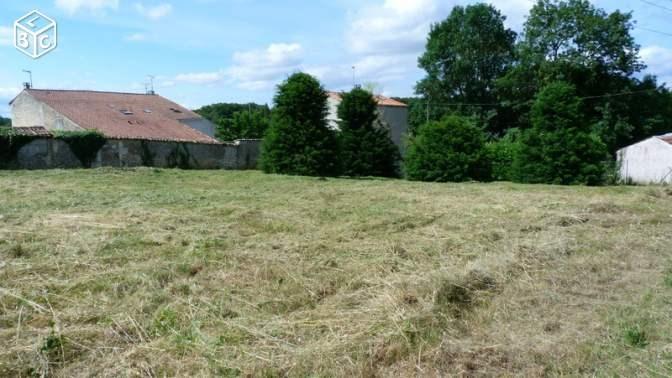 Terrain  de 879 m² La Chapelle-des-Pots par SOLIS CONSTRUCTION