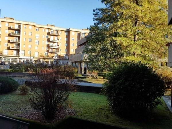 Vente Appartement 4 pièces 160m² Varese