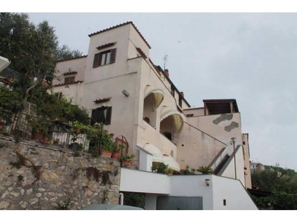 Vente Appartement 5 pièces 110m² Vico Equense
