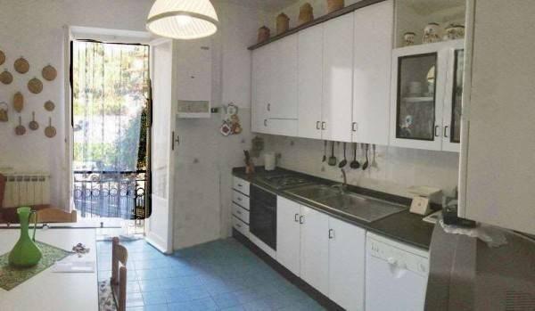 Vente Appartement 4 pièces 90m² Lerici