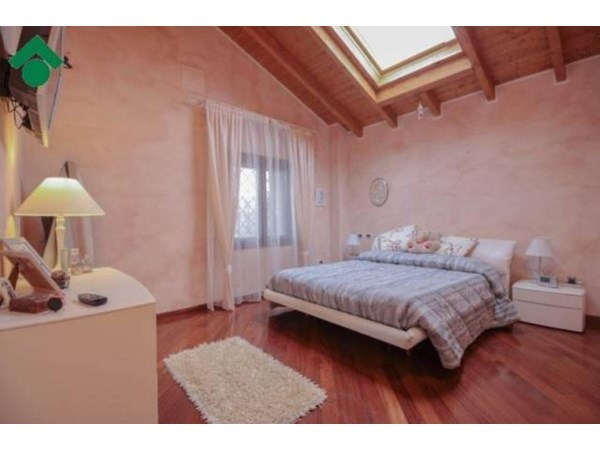 Vente  190m² Monte San Pietro