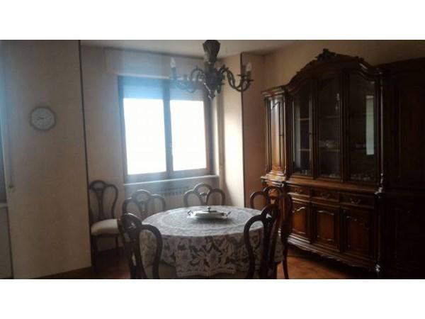 Location Appartement 2 pièces 73m² Peveragno