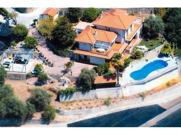 Vente  551m² Vallecrosia