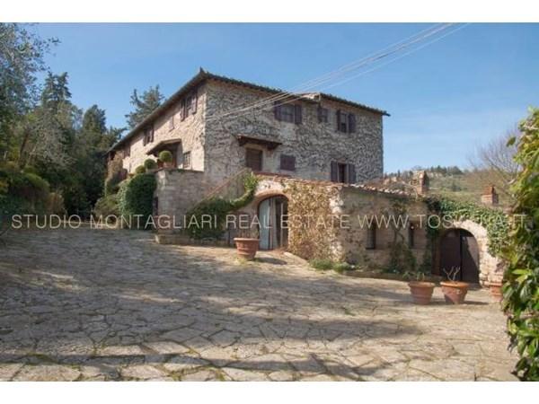 Vente  990m² Castellina In Chianti