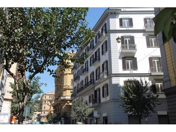 Vente Appartement 4 pièces 121m² Napoli