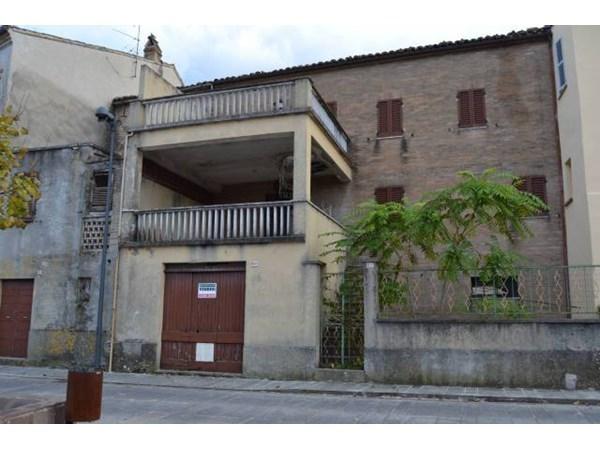 Vente Maison 6 pièces 250m² Petritoli