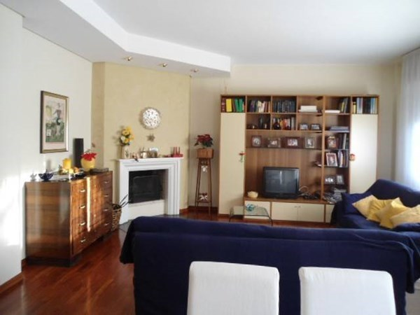 Vente Appartement 4 pièces 130m² Pesaro
