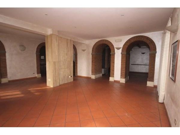 Vente Maison 6 pièces 198m² Siena
