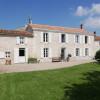 Maison / villa charentaise à vendre proche la rochelle Le Thou - Photo 1