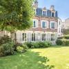 Vente de prestige - Hôtel particulier 11 pièces - 360 m2 - Paris 16ème
