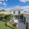 Maison / villa maison contemporaine - 10 pièces - 386 m² Saujon - Photo 1
