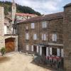 Verkauf - Dorfhaus 20 Zimmer - 260 m2 - Rochepaule