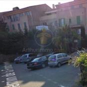 Location parking Grimaud 100€ CC - Photo 1