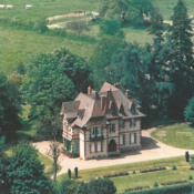 Digoin, Château 10 pièces, 380 m2