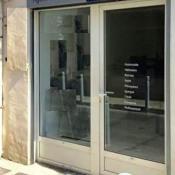 Location local commercial Martigues 600€ HT/HC - Photo 1