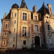 Le Mans, Schloss 60 Zimmer, 1700 m2