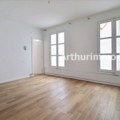 Rental apartment Paris 9ème 2 800€ CC - Picture 3
