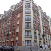 location Appartement 3 pièces Paris 18ème