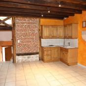Azé, Maison de village 3 pièces, 75 m2