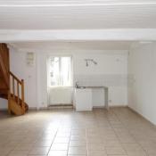 Azé, Maison de village 3 pièces, 66 m2