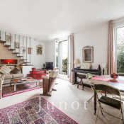 Paris 18ème, Duplex 4 rooms, 102.46 m2