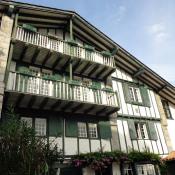 Cambo les Bains, Maison de village 10 pièces, 305 m2