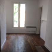 Location appartement Paris 20ème 900€ CC - Photo 1