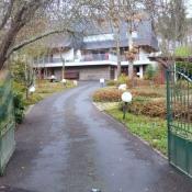 Avrillé, Maison contemporaine 10 pièces, 263 m2