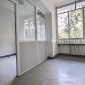 Rental empty room/storage Paris 15ème 4500€ CC - Picture 4