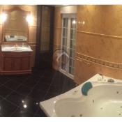 Almada, Property 7 rooms,