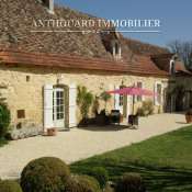 Lalinde, Longère (traditional long house) 5 rooms, 155 m2