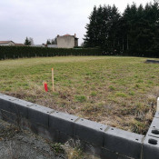 Terrain 689 m² Montchal (42360)