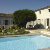 Saintes, Villa 1 rooms, 400 m2