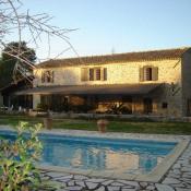 Deluxe sale house / villa Commerces et centre ville 880000€ - Picture 1