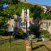 Jau Dignac et Loirac, House / Villa 18 rooms, 627 m2