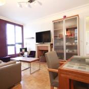 Rental apartment Paris 17ème 2080€ CC - Picture 1