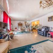 Noisy le Grand, дом 8 комнаты, 302 m2