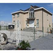 Boussu, Maison contemporaine 14 pièces, 325 m2