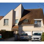 Orsay, casa de arquitecto 9 assoalhadas, 216 m2
