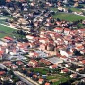 Location local commercial Brindas